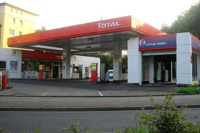 KFZ-Futeryan Totalstation